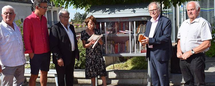 La boîte à livres a déjà trouvé ses premiers lecteurs.© Photo NR