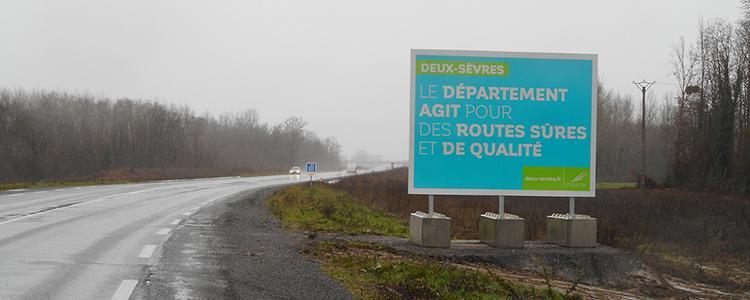 Panneaux temporaires 4x3 pour les Deux-Sèvres