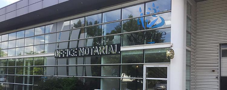Enseigne lumineuse effet miroir pour l'Office Notarial de Saint Cyr sur Loire (37)