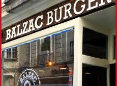 Lettrage et adhésifs découpé à la forme pour Balzac Burger à Tours (37)