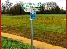 Panneaux directionnels de voie verte pour les Deux-Sèvres (79)