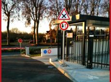 Installation de différent panneaux de police sur le site de COVEA Immobilier (37)