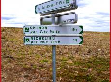 Panneaux directionnels de voie verte pour Chinon-Richelieu (37)